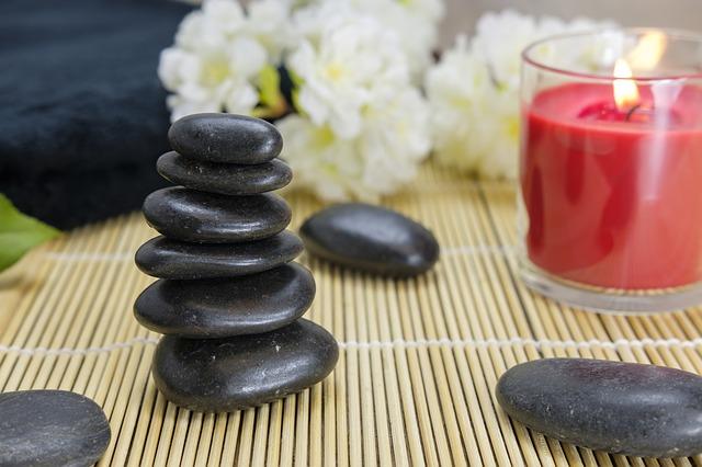 massage au pierres chaudes